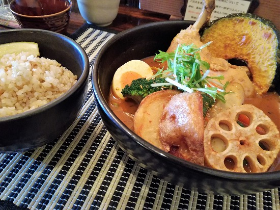 エビスープ&やわらかチキンと大地の恵みと玄米