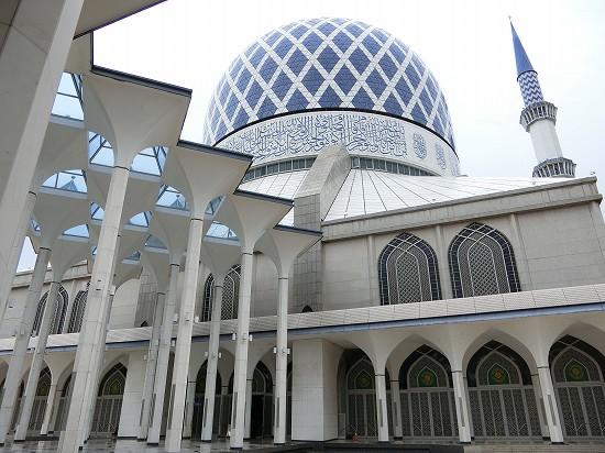 ブルーモスク(スルタン・サラフディン・アブドゥル・アジズ・シャー・モスク)