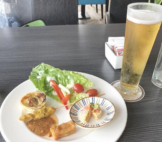 ビールと食事