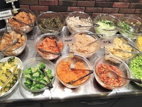 サラダやお惣菜