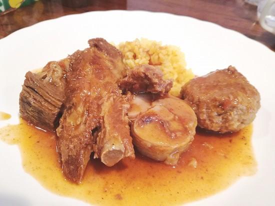 肉料理スペアリブ