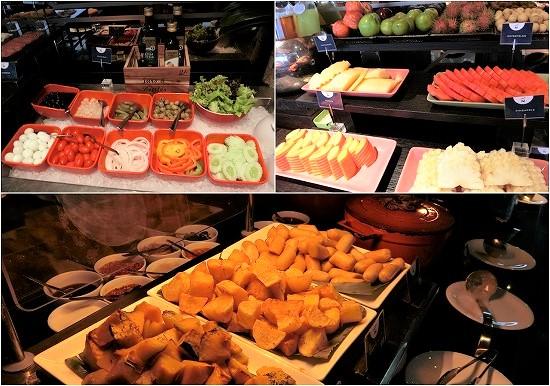 ノボテル バンコク プルンチット スクンビット ラウンジ朝食 料理