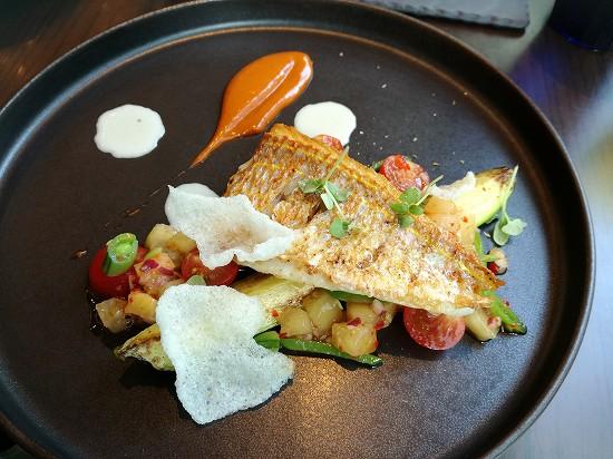 プルマン田町KASA 本日の魚料理イトヨリダイのグリル