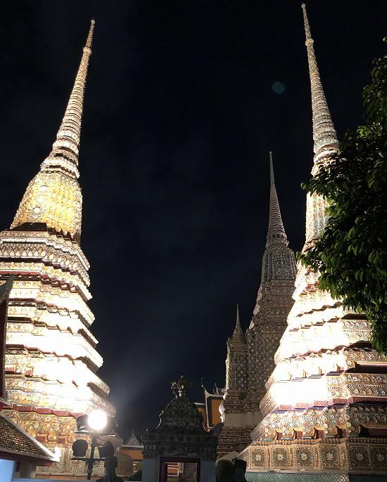 ワットポー仏塔