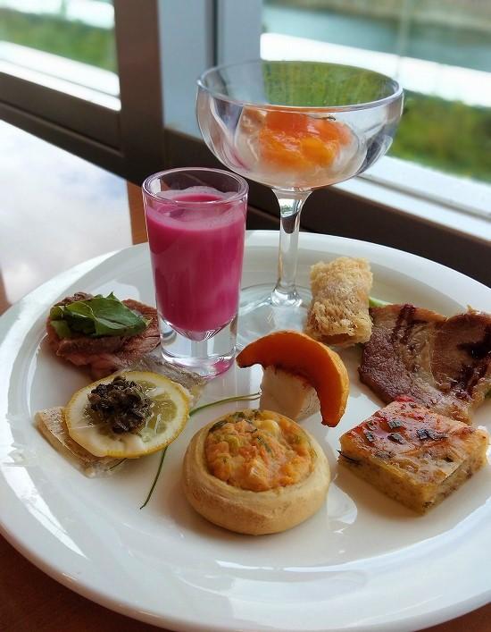 アパホテル横浜ベイタワー ランチビュッフェ 総菜盛合せ