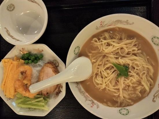 羽衣銀座本店河南涼麺
