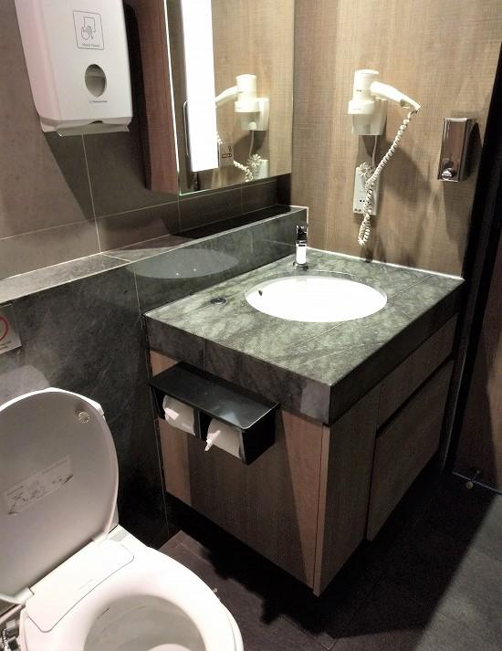 klia2 プラザプレミアムラウンジ トイレ