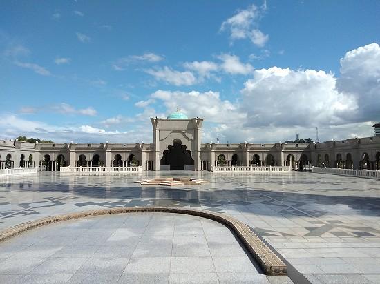 wilayah mosque(連邦直轄領モスク)中庭