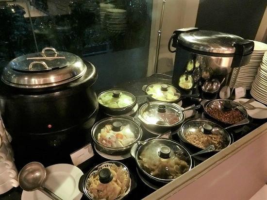 ザ ヘブン リゾート ホテル イポー オール スイーツ 朝食 お粥