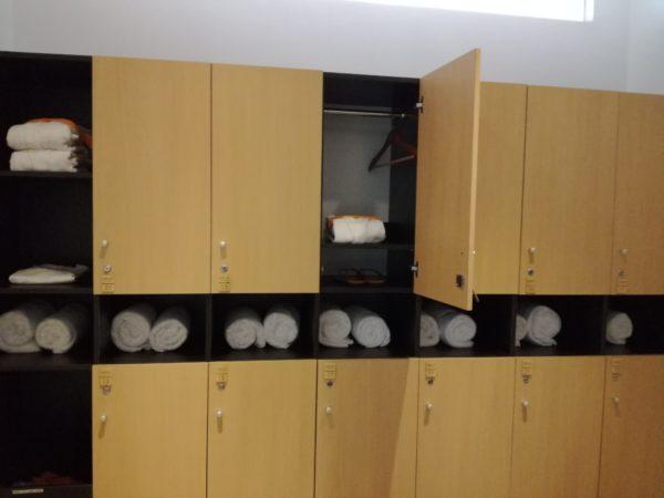 スパ更衣室