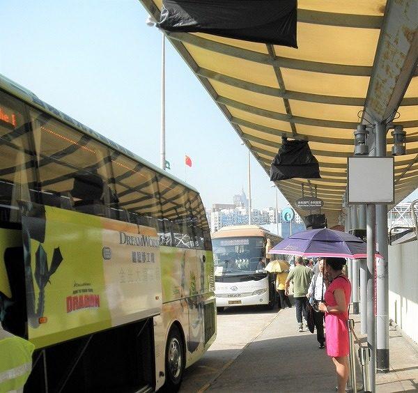パリジャンマカオ行きバス停