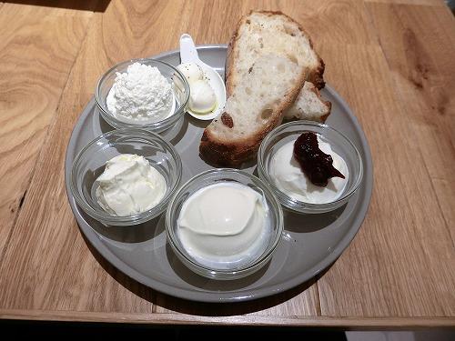 タカナシミルクレストラン本日の5種チーズ