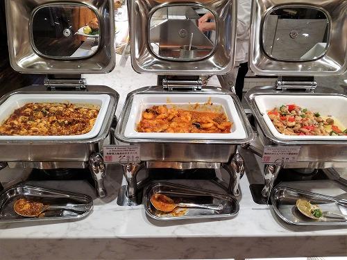 麻婆豆腐・秋野菜と海老のチリソース・鶏肉のカシューナッツ醤油炒め