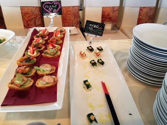 ブルスケッタとべジ寿司