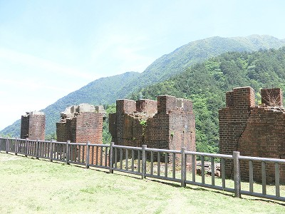 4本の支柱跡