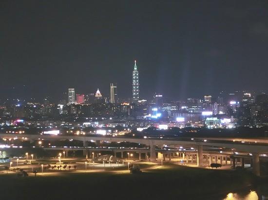台湾市街の夜景