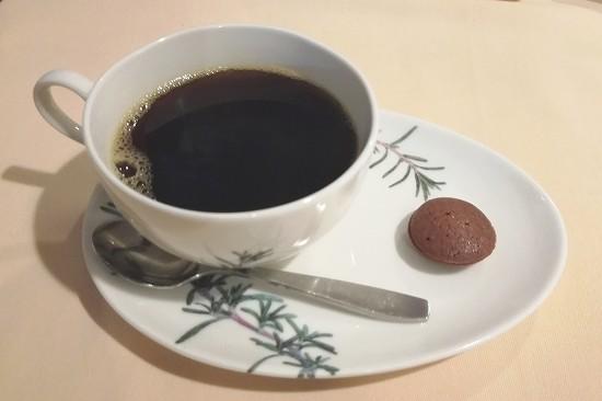 コーヒーとプティフール