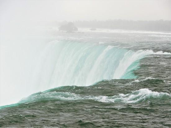 カナダ滝真横