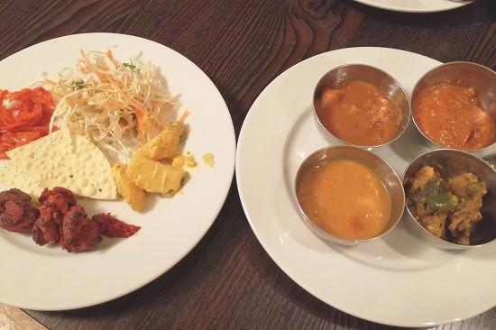 カレーと食べ放題の総菜