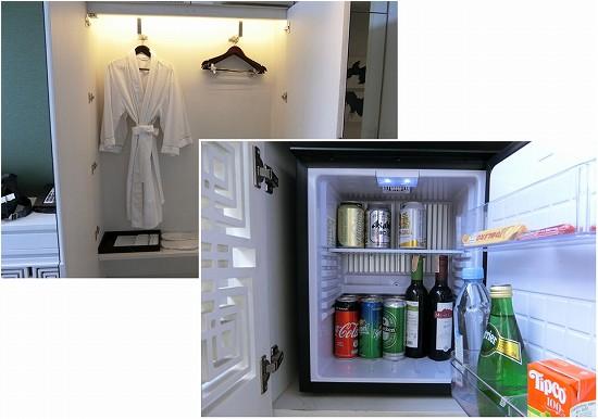 リヴァ アルン バンコク バスローブと冷蔵庫