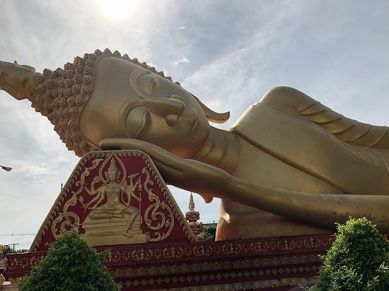 ビエンチャン涅槃像(Vat that Khao)
