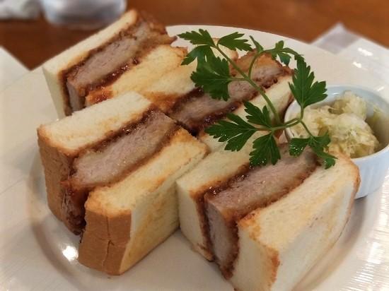 ニッカウヰスキー 余市 レストラン 余市北島産麦豚フィレ肉のカツサンド