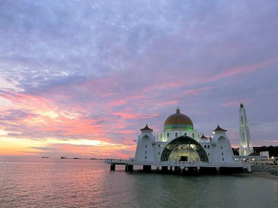 マラッカ水上モスク 夕陽