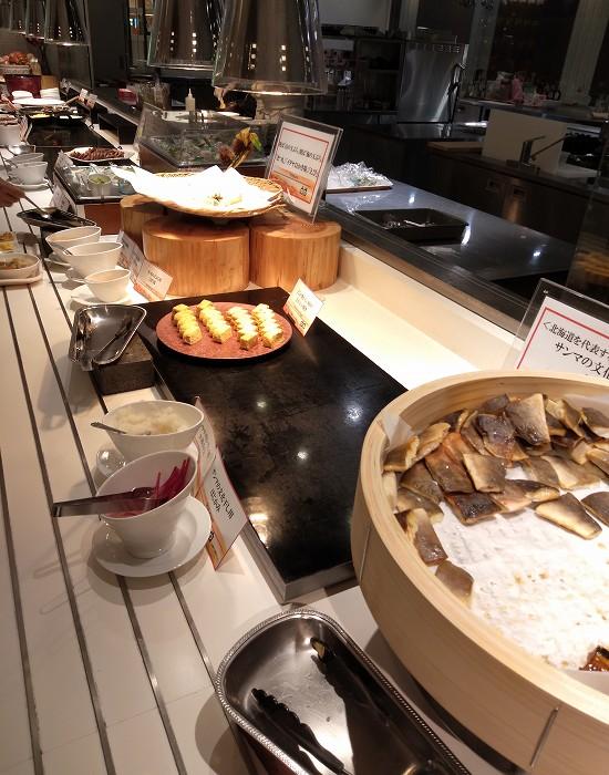 緑の風ビュッフェ朝食 肉と魚