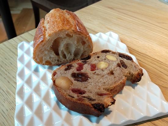 RISTORANTE & BAR E'VOLTA(リストランテ アンド バー エボルタ)パン食べ放題