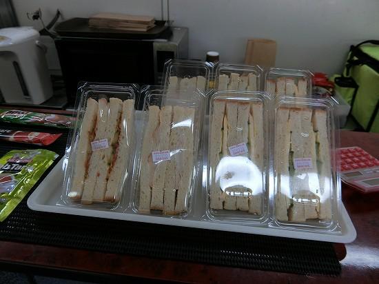 イポー電車食堂車サンドイッチ