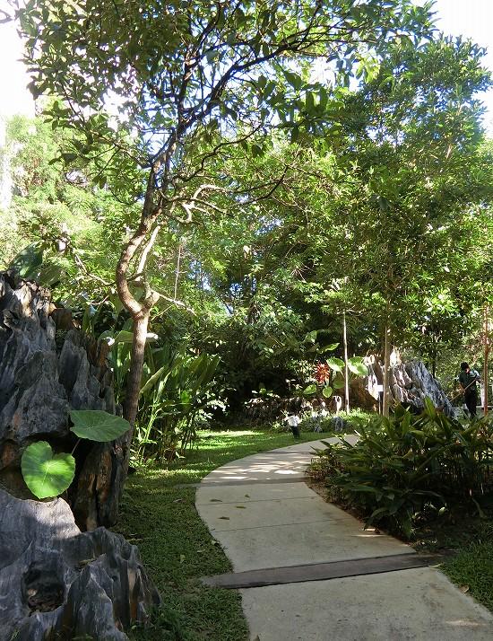 ザ ヘブン リゾート ホテル イポー オール スイーツ 散歩道
