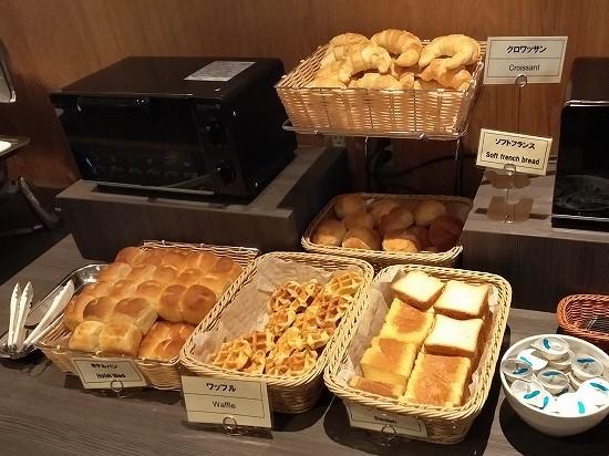 箱根パークス吉野 朝食 パン