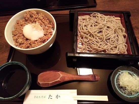 川崎手打ちそば たか 鶏そぼろ丼蕎麦付き880円