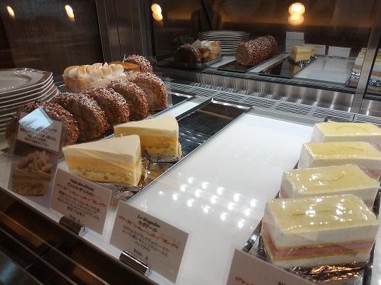 ケーキ パティスリータンドレス