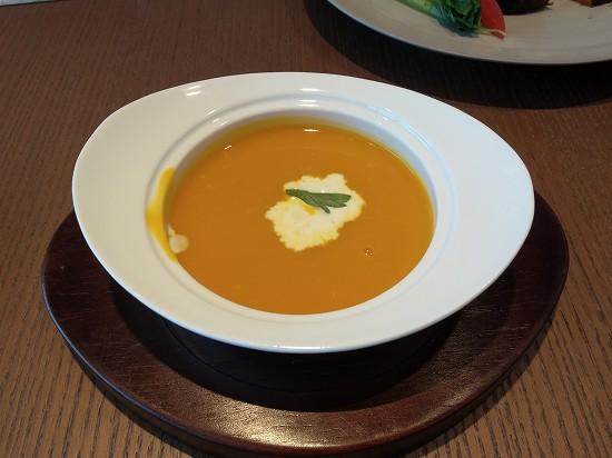 朝食スープ インターコンチネンタル横浜pier8