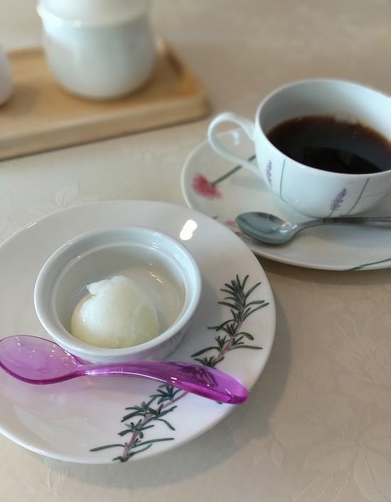 ソルベとコーヒー サント・ウベルトス