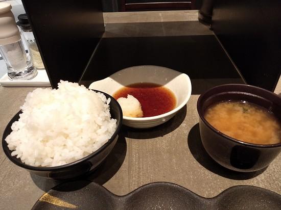 ご飯と味噌汁 天ぷらたかお