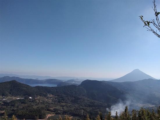 開聞岳と池田湖 大野岳
