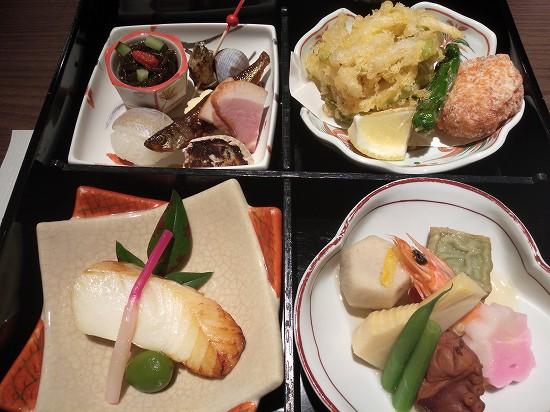松花堂盛り 日本料理 熱海 凜