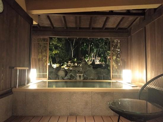 貸切風呂半露天風呂 夢いろは 熱海