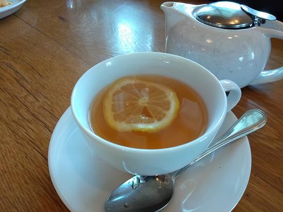 紅茶 カフェ・ブラッセリー ハリーズ