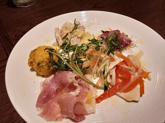 本日の5種盛合せ ナポリの下町食堂 川崎