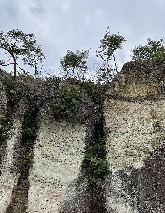 大谷石地下採掘場跡外部