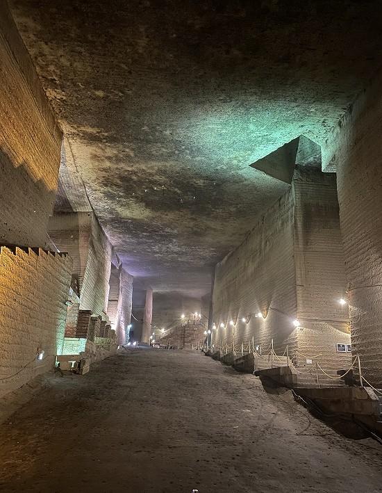 大谷石地下採掘場跡3