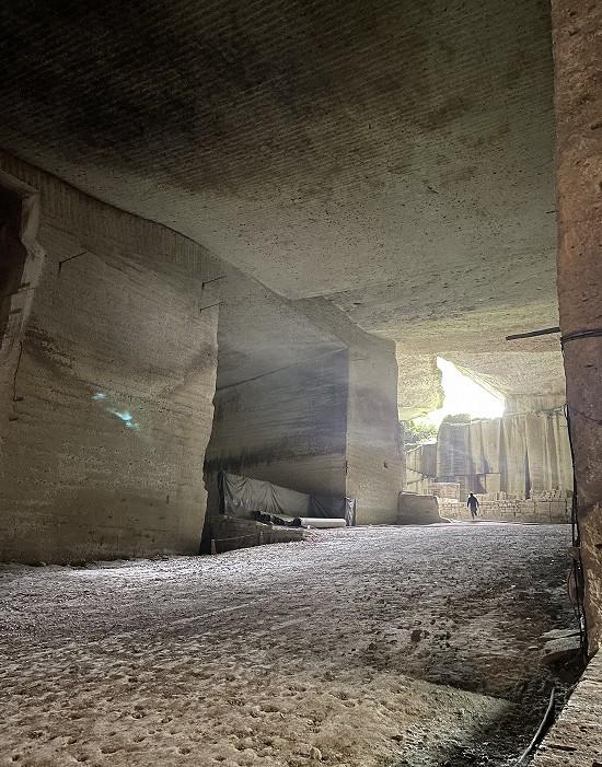 大谷石地下採掘場跡4