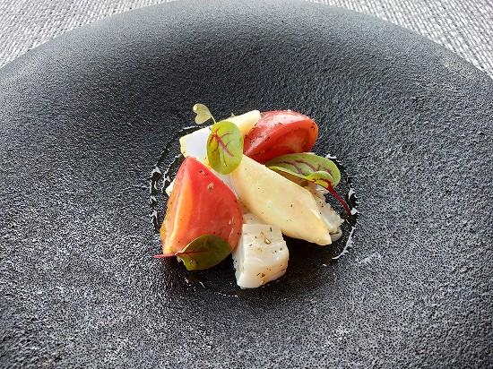 フルーツトマトと桃と帆立貝柱 銀座カシータ ランチ