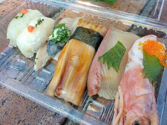 唐戸市場 湊商店の寿司