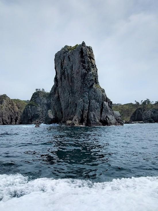 奇岩 青海島クルーズ