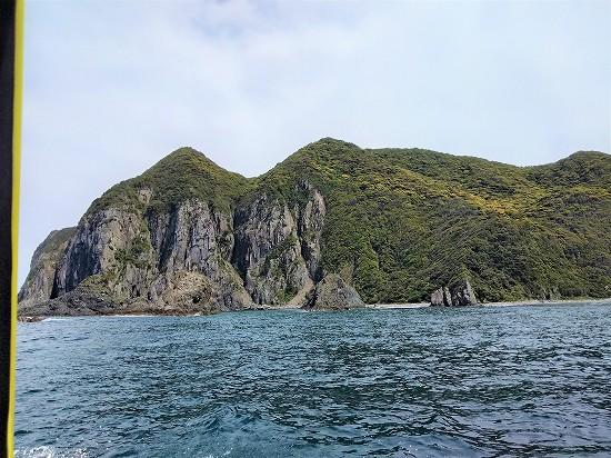 岩肌 青海島クルーズ