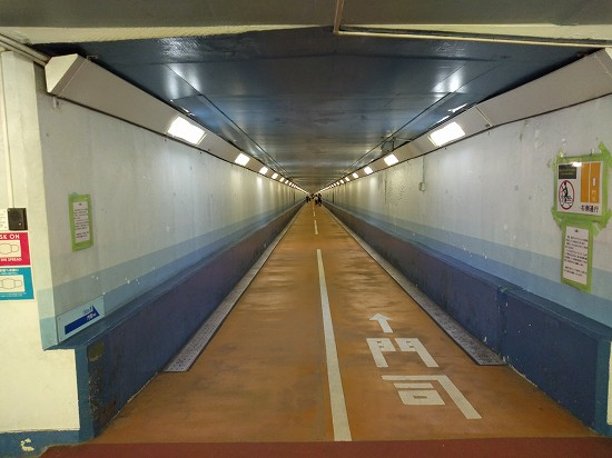関門トンネル人道 門司方面